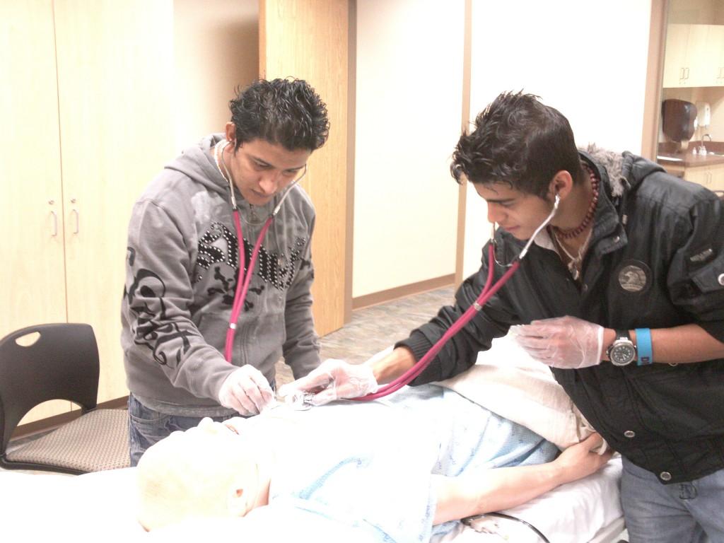 patient simulation high schoolers
