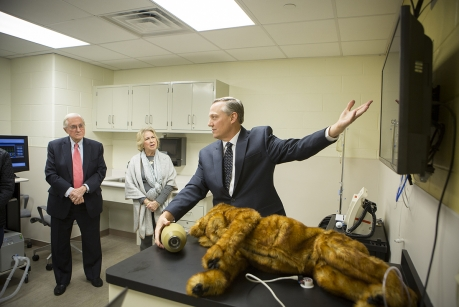 Vet Students Train with Simulators in New Lab at Cornell University