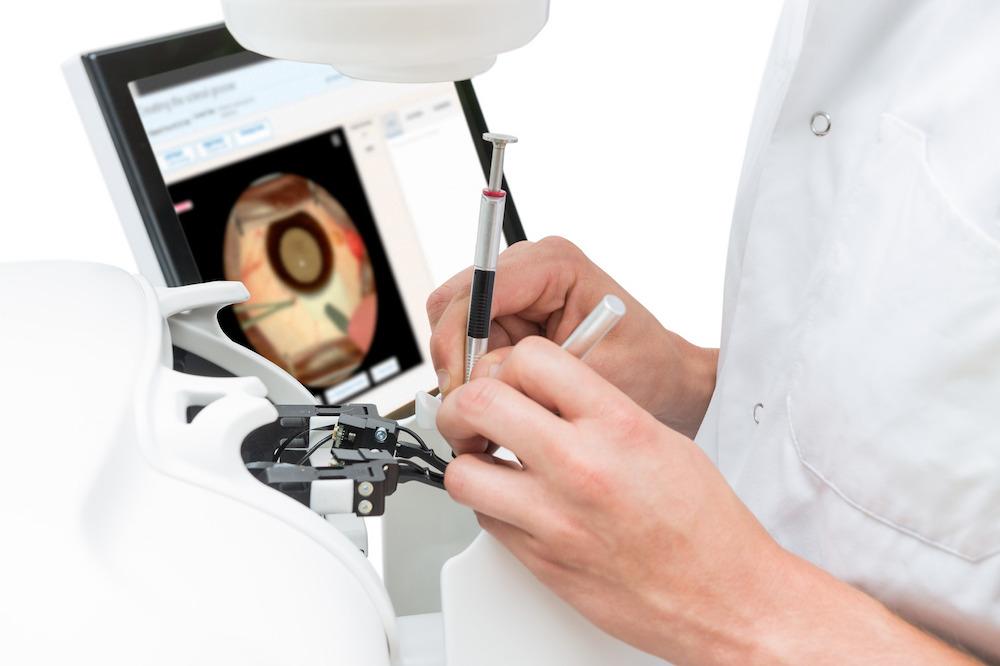 HelpMeSee Cataract Surgery Simulator